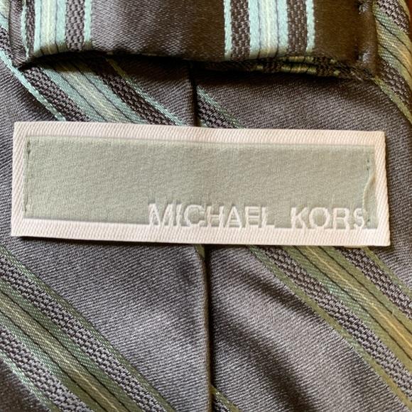 EUC Michael Kors Tie